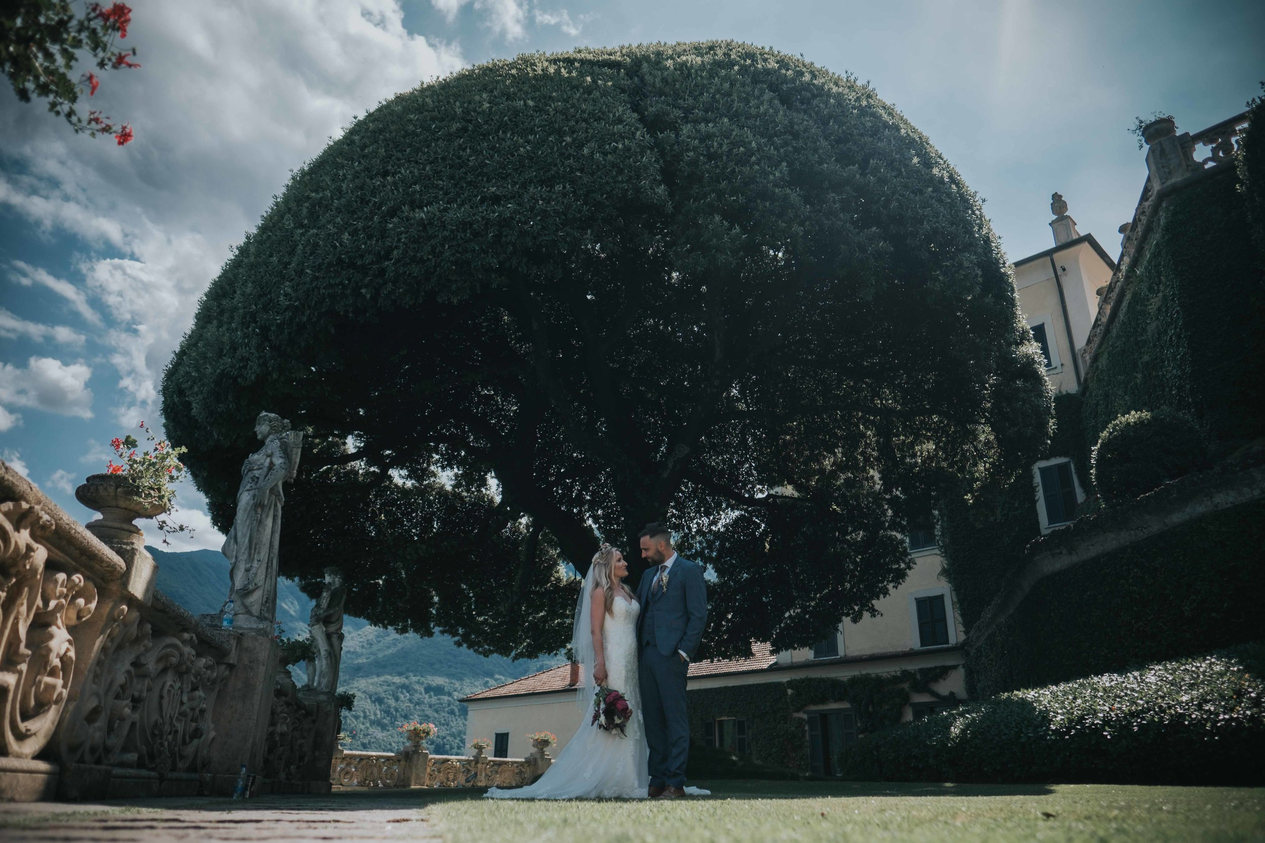 Laco Como Italy destination wedding photographer cheshire north west england documentry photography (63 of 117).jpg