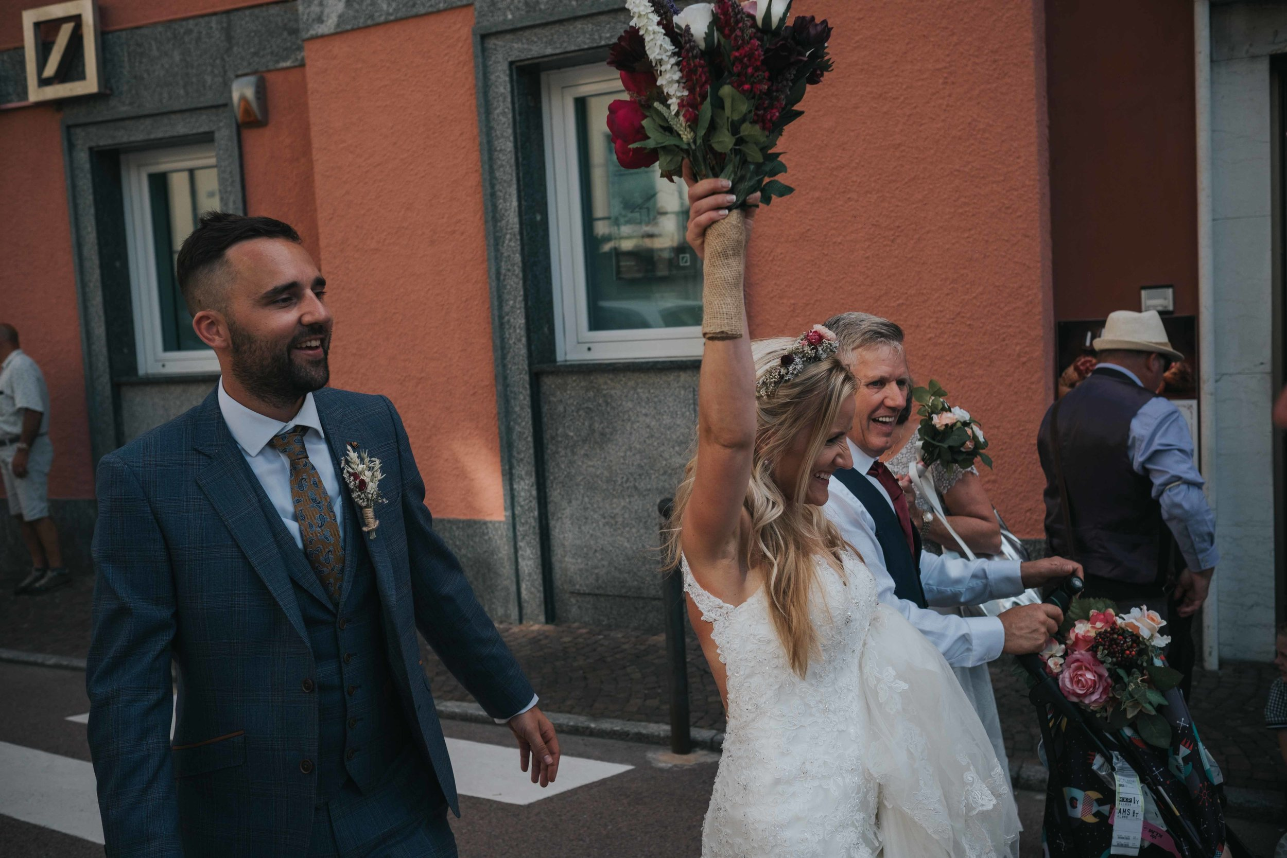 Laco Como Italy destination wedding photographer cheshire north west england documentry photography (80 of 117).jpg