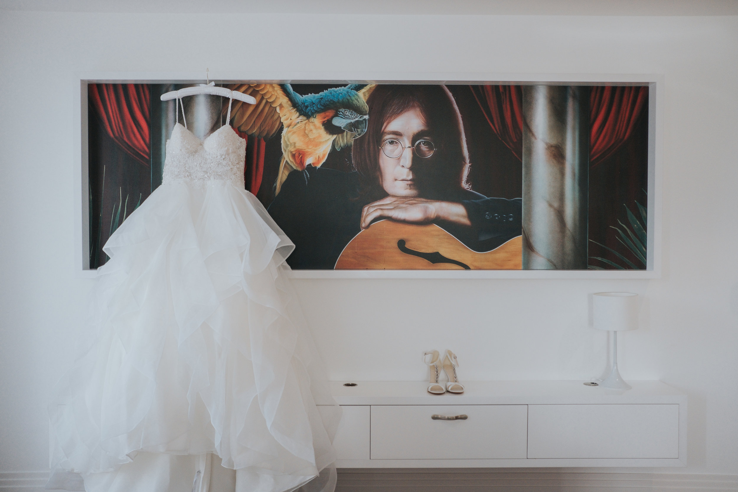 Modern and fashonable city centre wedding at the hard days night hotel in liverpool north west engand (4 of 54).jpg
