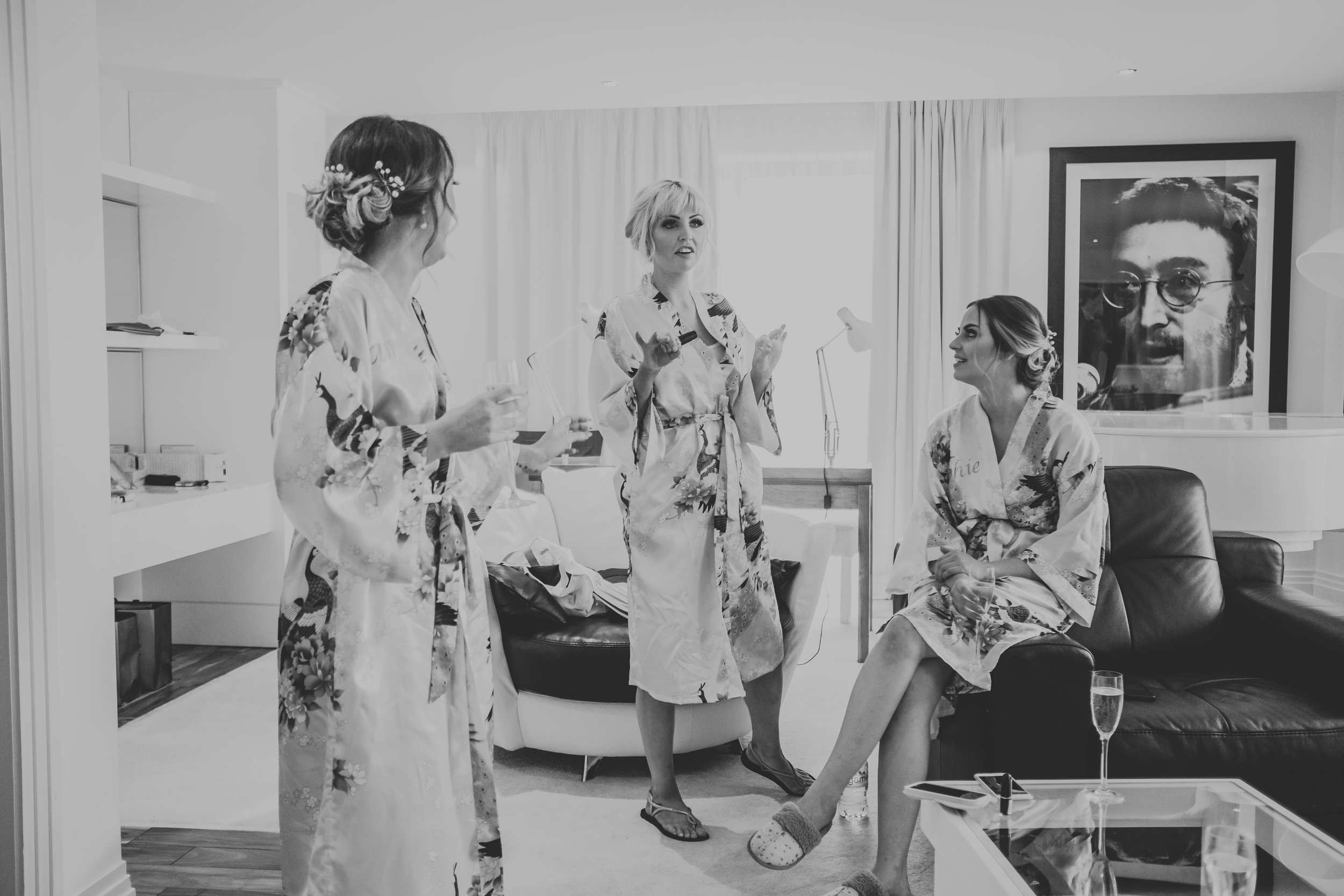 Modern and fashonable city centre wedding at the hard days night hotel in liverpool north west engand (10 of 54).jpg