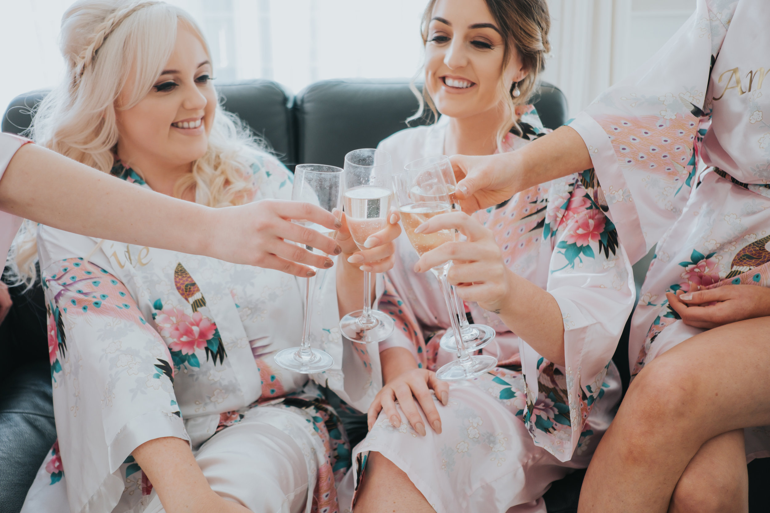 Modern and fashonable city centre wedding at the hard days night hotel in liverpool north west engand (11 of 54).jpg