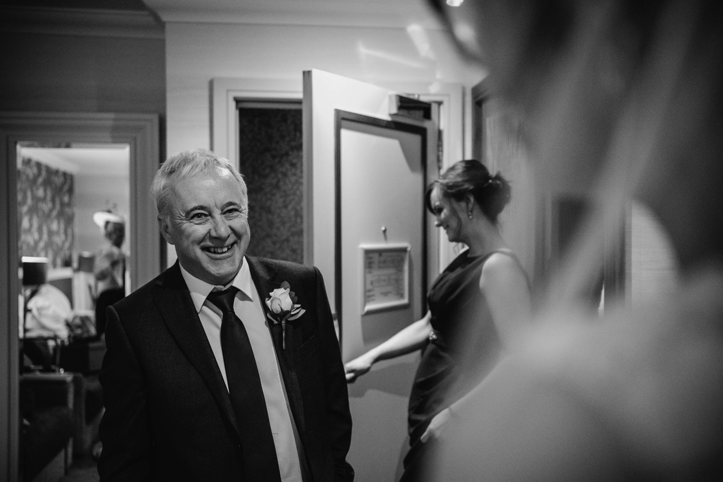 Dad revealed to his daughter on their wedding day