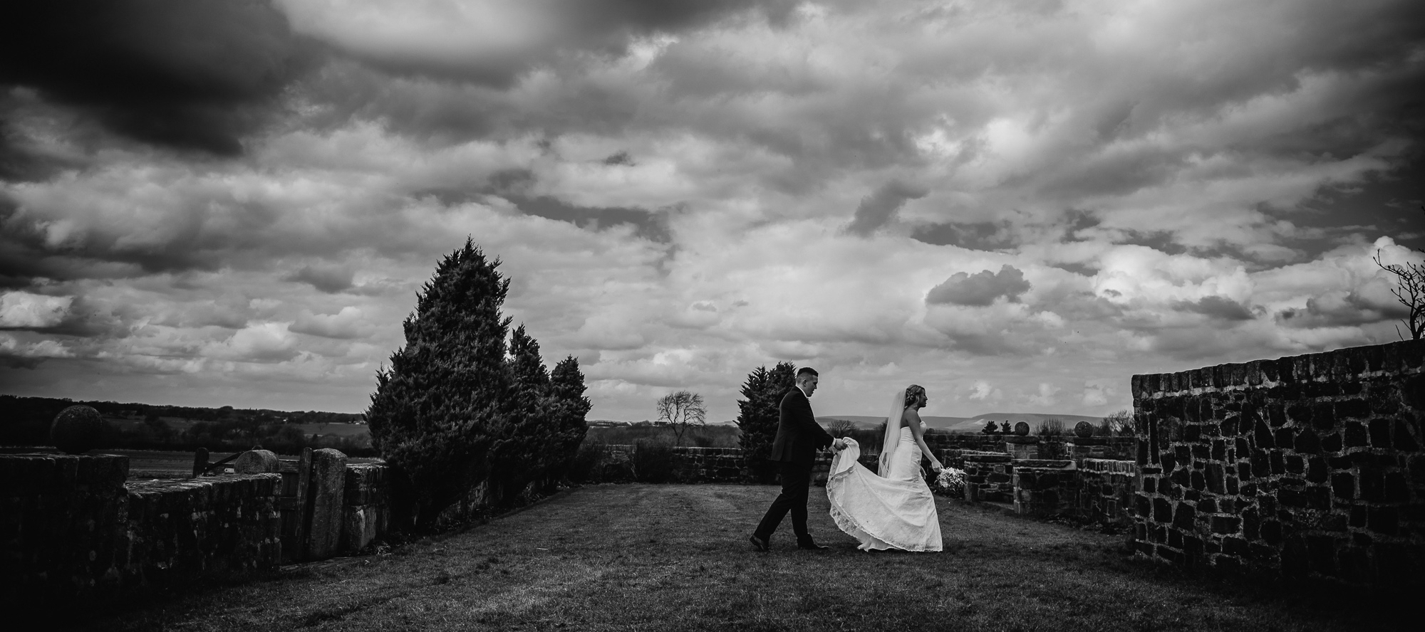 Beeston Manor wedding photograpger covering lancashire, cheshire and greater manchester (17 of 18).jpg