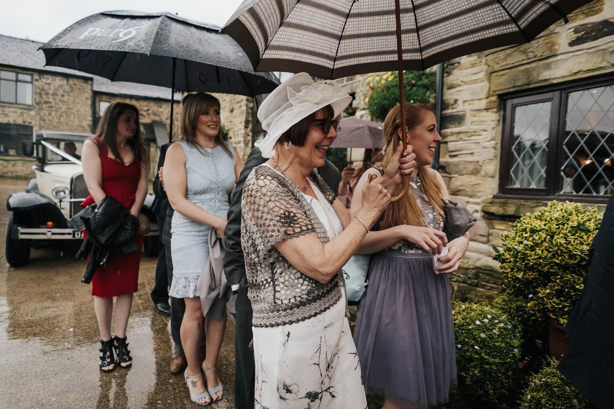 Hyde Bank Farm Wedding Photography Manchester wedding photographer (28 of 49).jpg