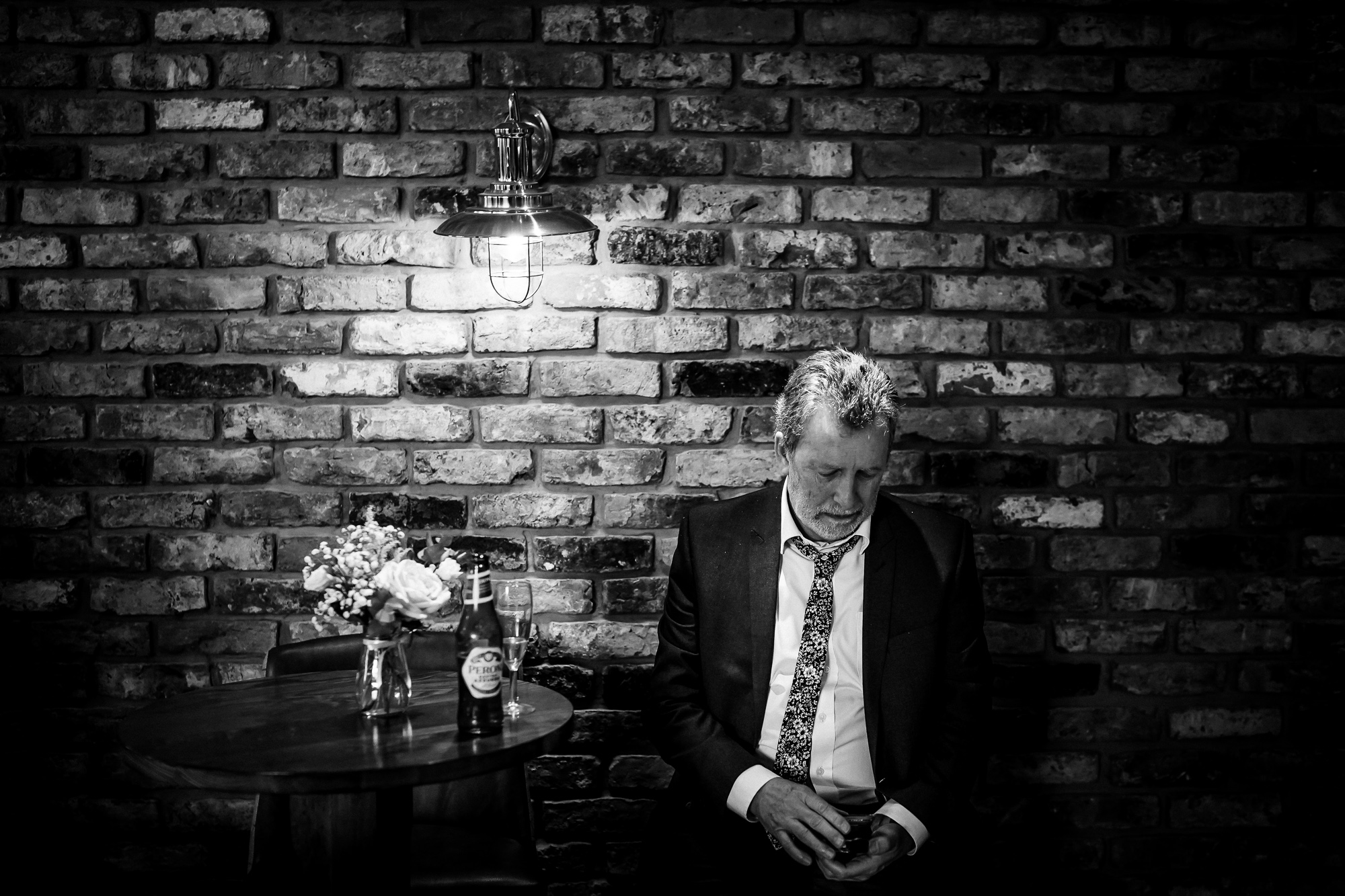 Hyde Bank Farm Wedding Photography Manchester wedding photographer (31 of 49).jpg