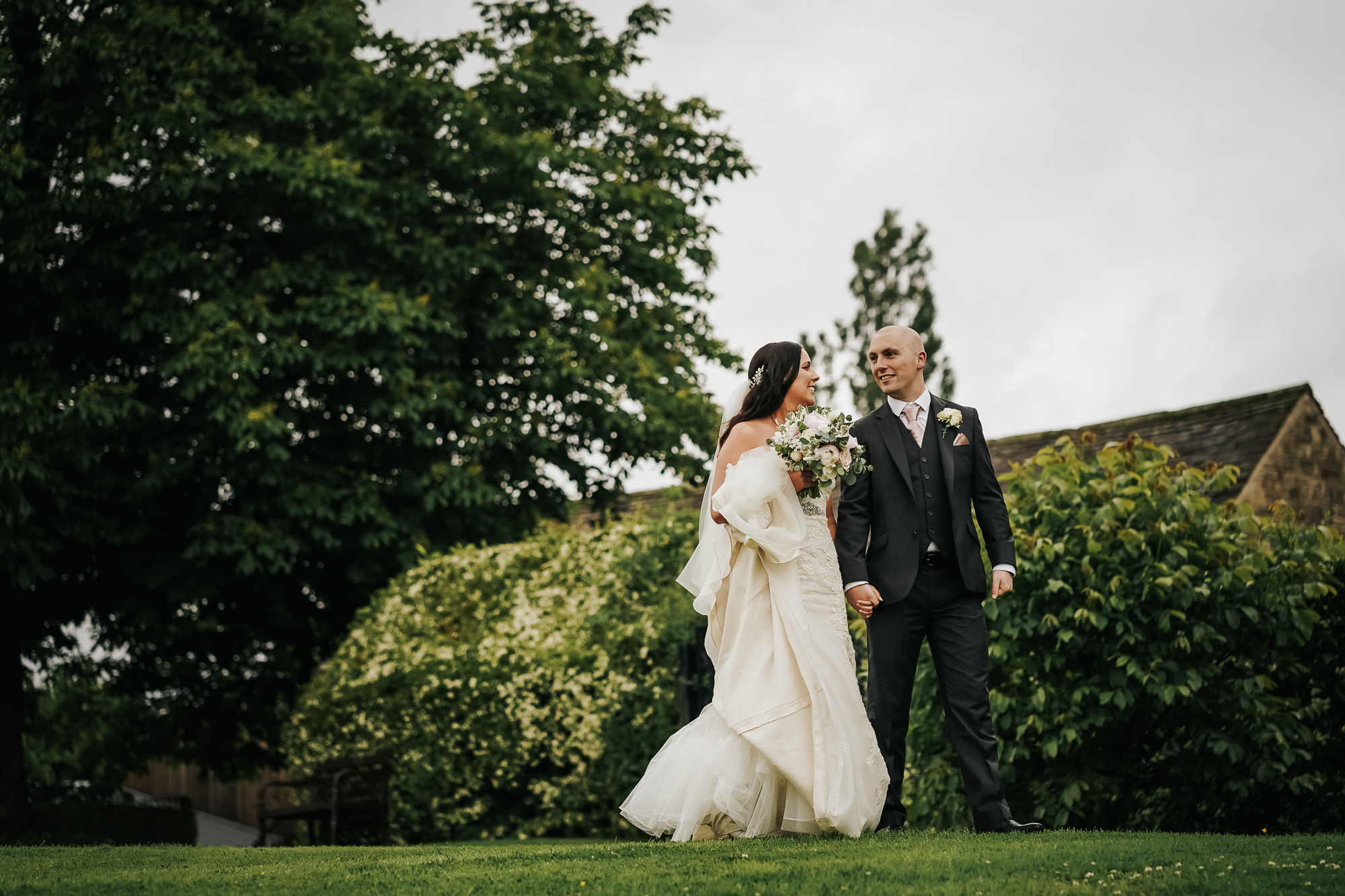 Hyde Bank Farm Wedding Photography Manchester wedding photographer (41 of 49).jpg
