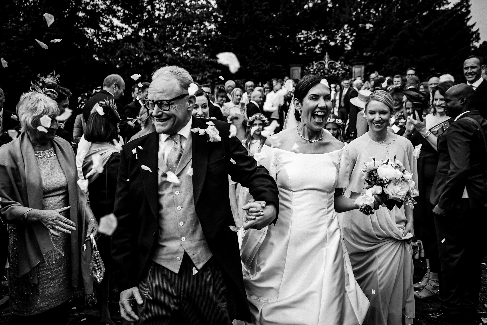 Cheshire wedding at home wedding photography (25 of 49).jpg