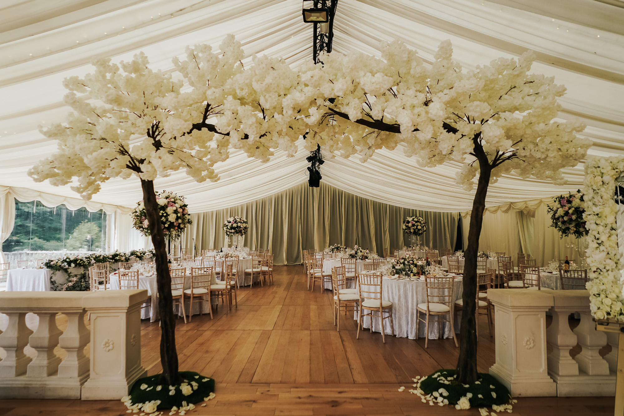 Thornton Manor Lakeside Marquee Wedding Photographer  (32 of 53).jpg