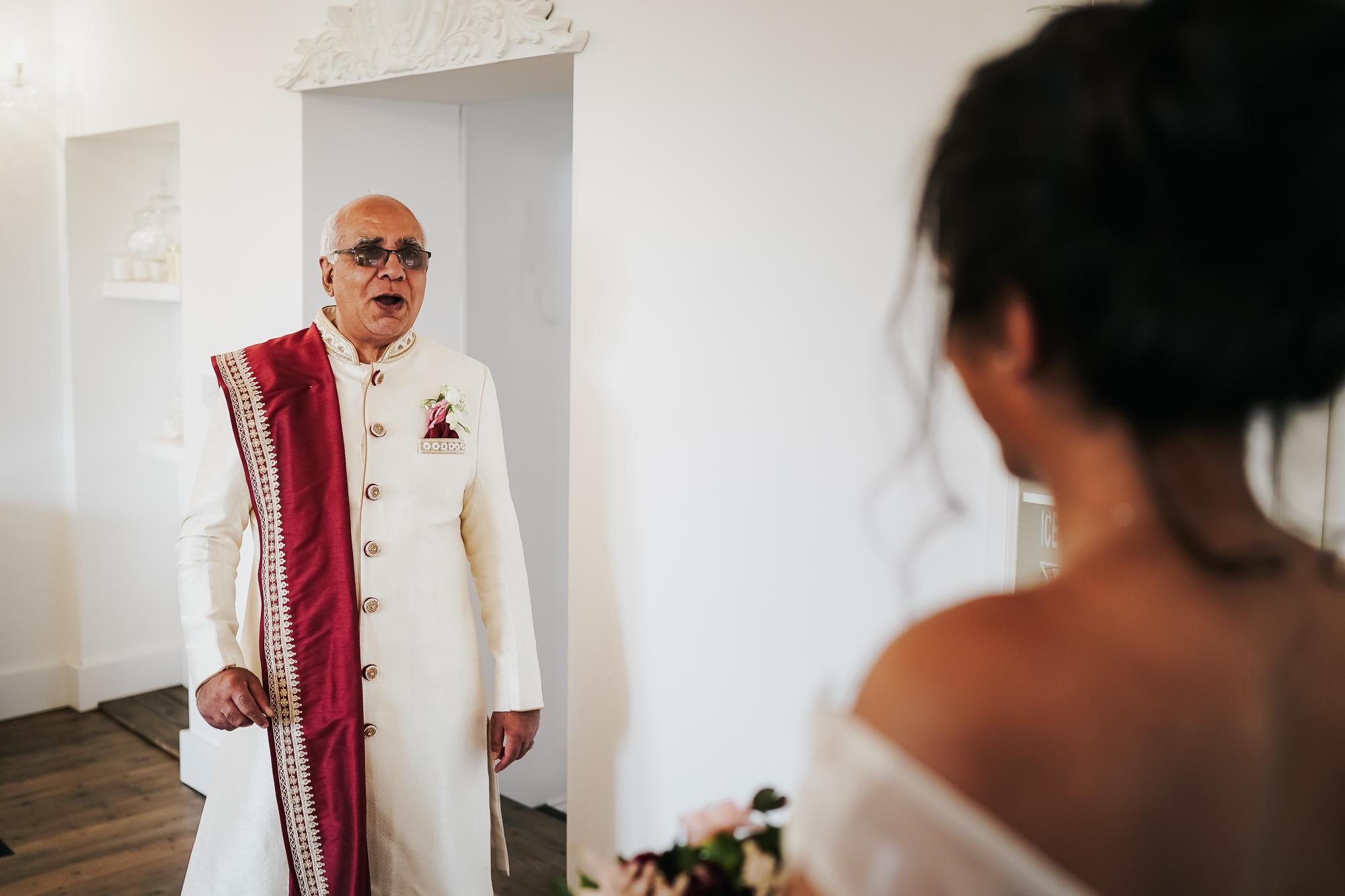 Alcumlow Hall Farm Indian Wedding Photographer (25 of 44).jpg