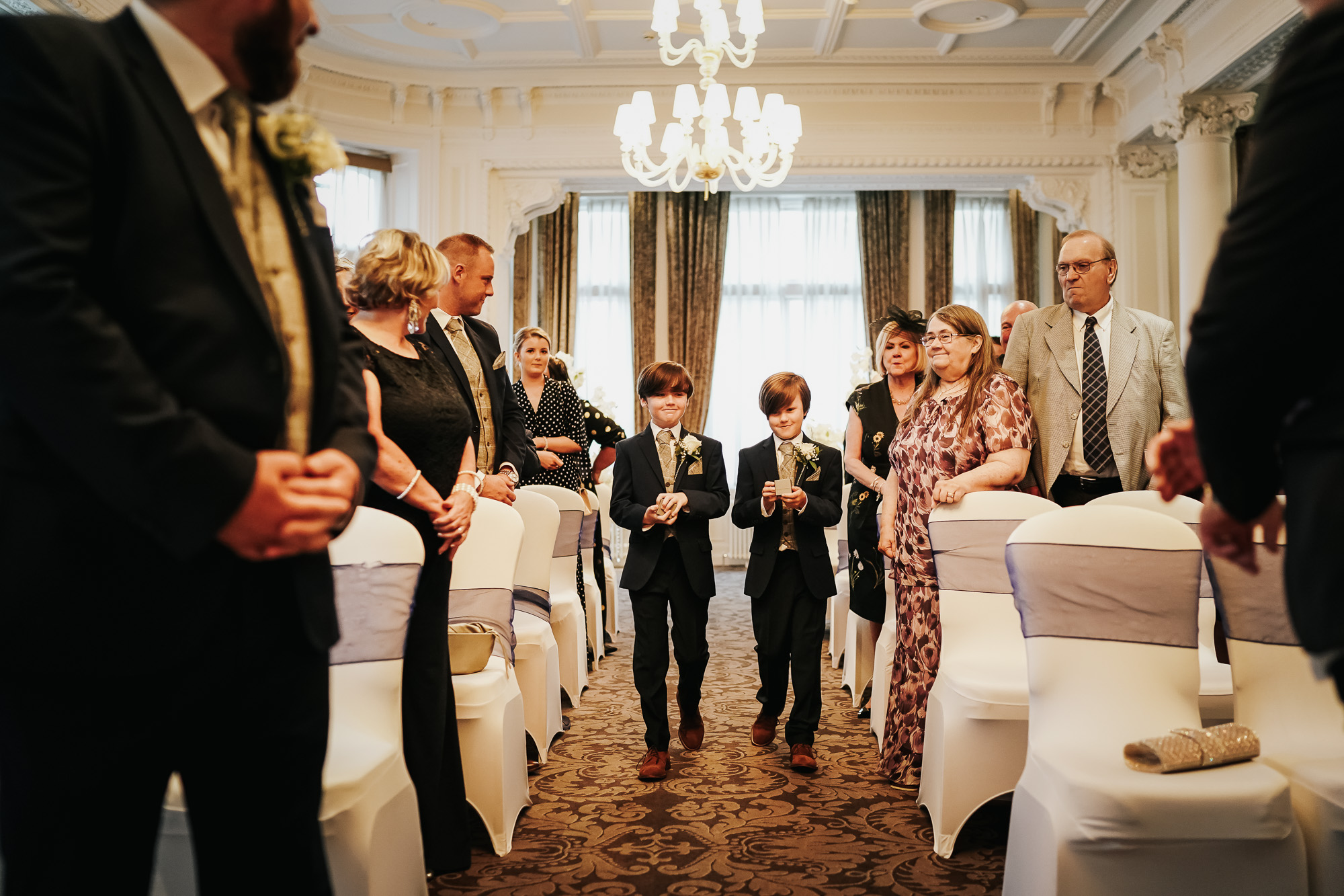 Double Tree By Hilton Liverpool City CEntre Wedding Photographer (17 of 35).jpg