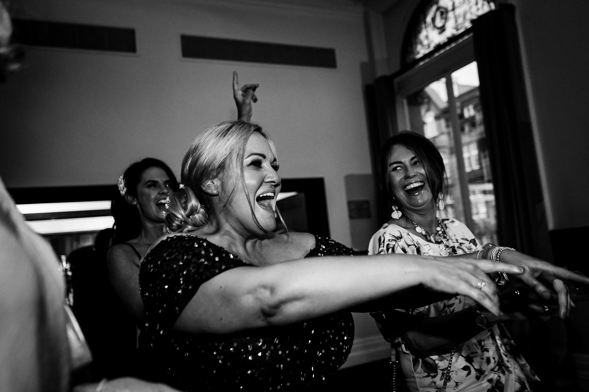 Double Tree By Hilton Liverpool City CEntre Wedding Photographer (35 of 35).jpg