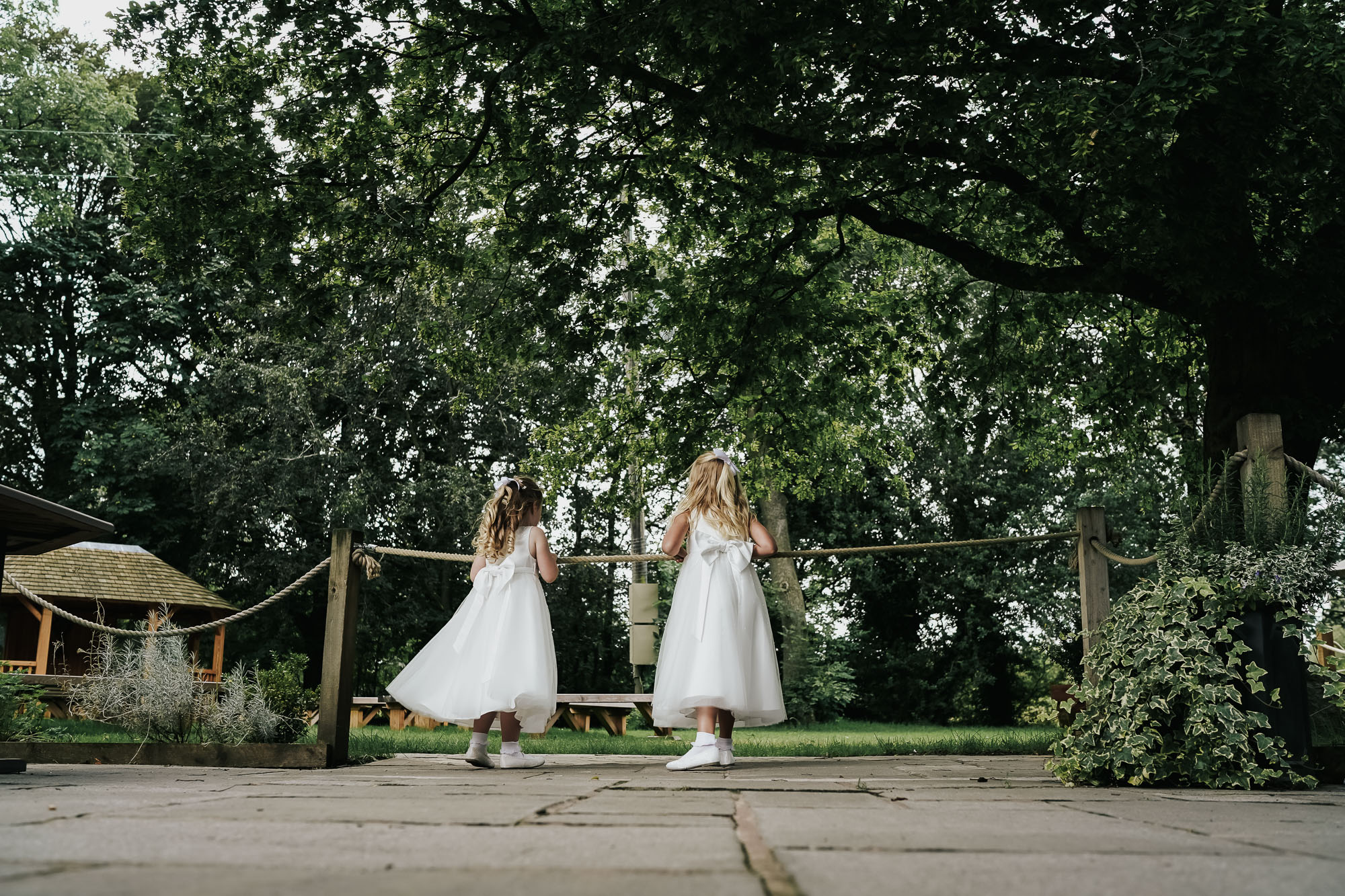 Oak tree of peover wedding photography cheshire wedding photographer (31 of 56).jpg