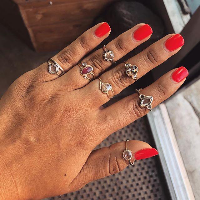 rose cuts💎😍 • • • #finejewelry #nycjewelry #diamondring #rosecutdiamond #handmade #localjewelry #localjeweler #localbusiness #yellowgold #whitegold #pinksapphire #daintyjewelry #uniquejewelry #engagementring #weddingideas #uniqueengagementring #funjewelry #downtownbrooklyn #boerumhill #nycboutique