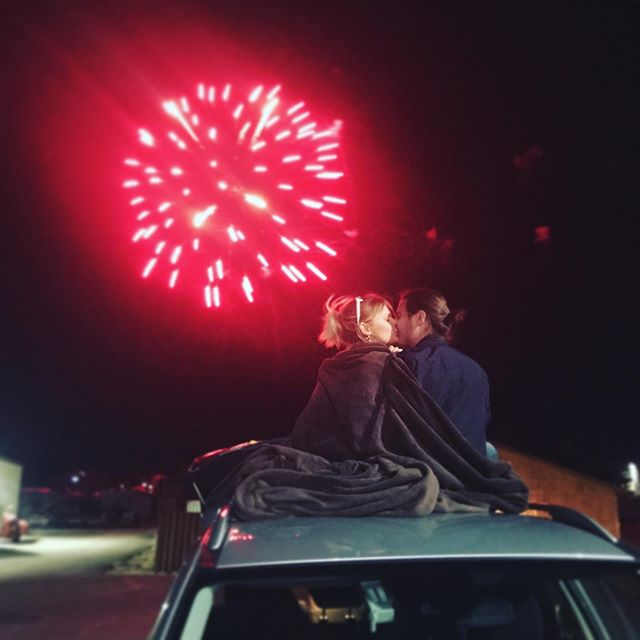 """#fbf fireworks on the 4th in Bryce w my love @gintare_bandinskaite — """"For small creatures such as we the vastness is bearable only through love."""" -Carl Sagan — #fireworks #brycecanyon #nationalparks #memories💕 #moviemoments #flashbackfriday #seekingafriendfortheendoftheworld"""