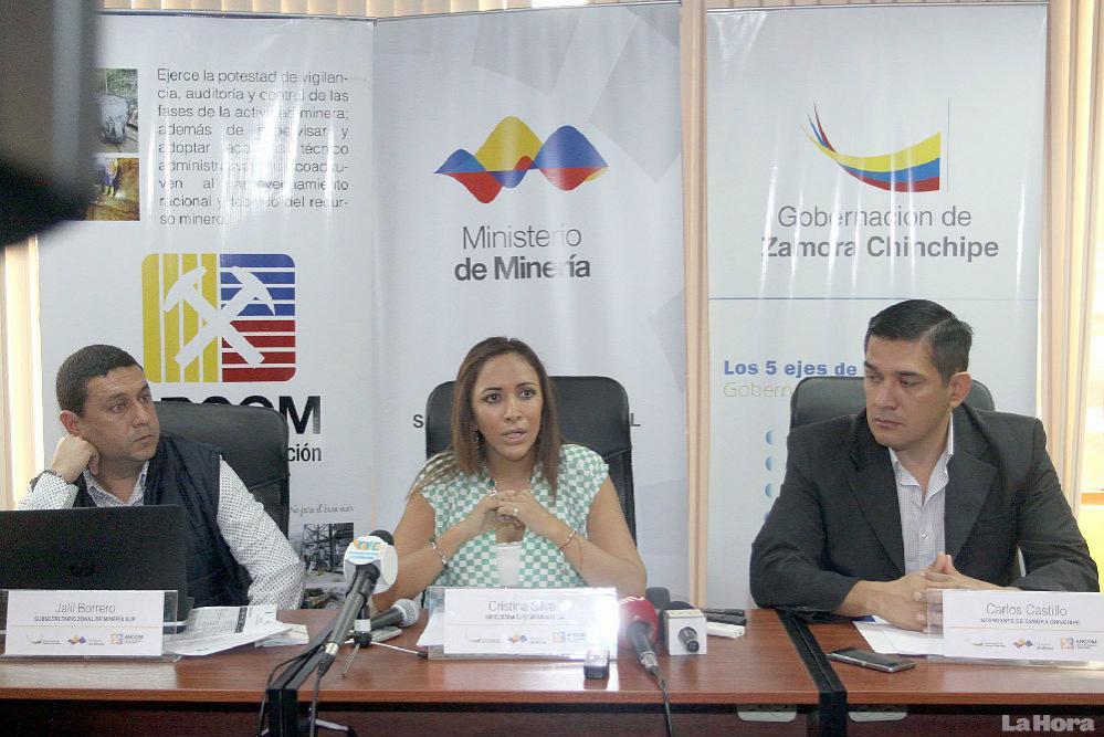 VERSIÓN. Las autoridades covocaron a una rueda de prensa en la gobernación de Zamora Chinchipe. Para hablar del tema