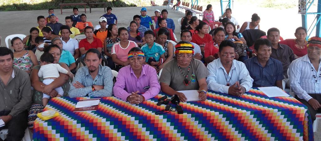 Foto: Rueda de prensa en Unión Base - Puyo. Dirigentes de organizaciones amazónicas expresaron su respaldo al presidente de la CONFENIAE, Marlon Vargas.