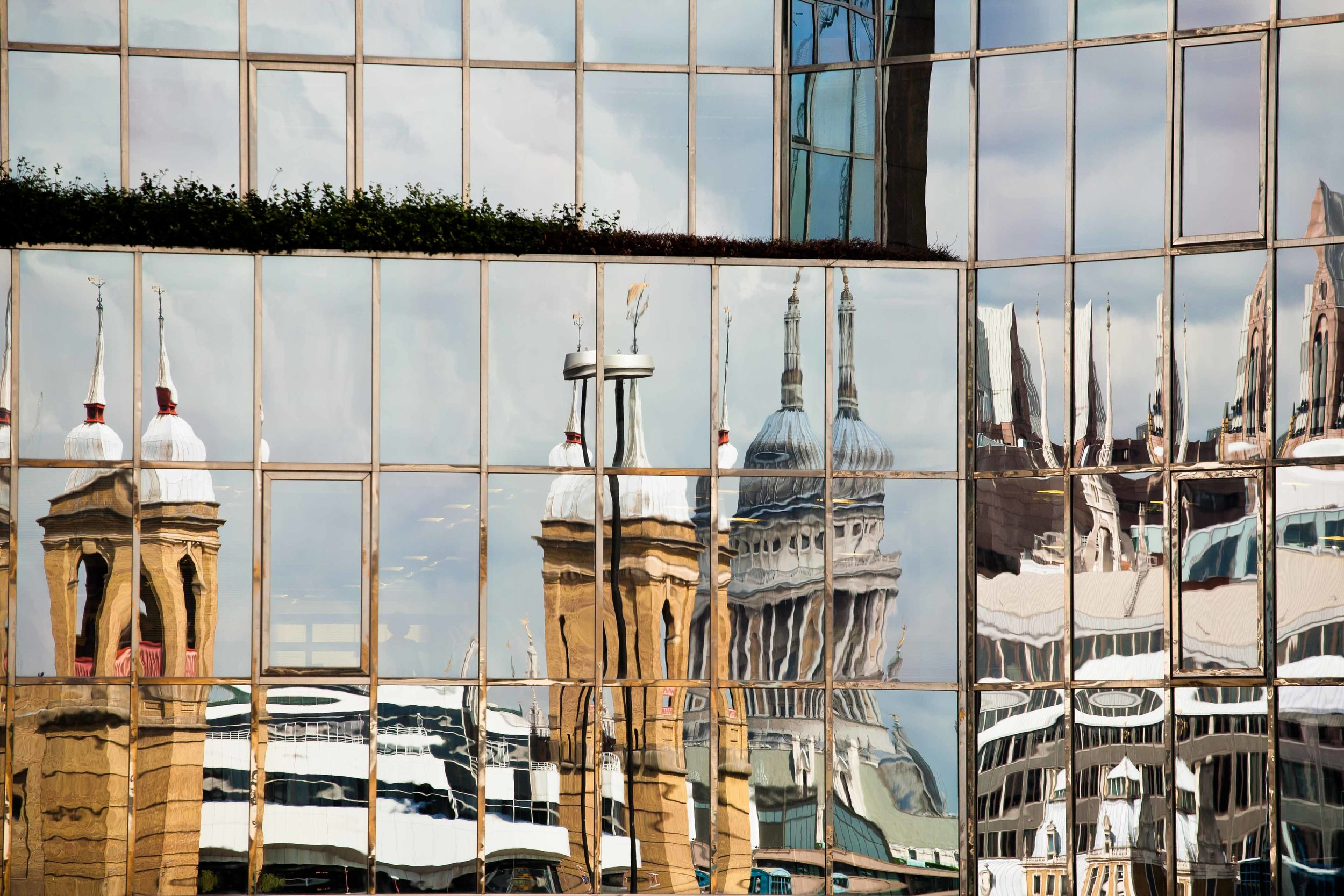"""""""St Paul's..."""" (London Reflections Series)"""