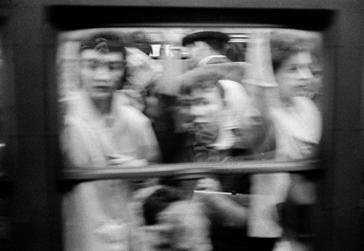Rush hour in the New York City subway, 1960. (Thomas Hoepker)