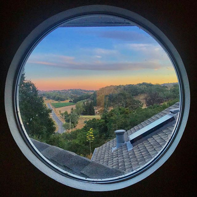 See you after Labor Day Sonoma! Don't forget to stay sexy while we're in the desert! 😘 #offtoburningman #seeyoulater #sonoma #sonomavalley #thisview #roundwindow #roundwindowawesomeness #portholewindow #winecountry #winecountryviews #experiencesonomavalley #countrylife #countryliving #sunset #sunsetcolors #lovewhereyoulive #blessed #grateful #RobertCoury.com
