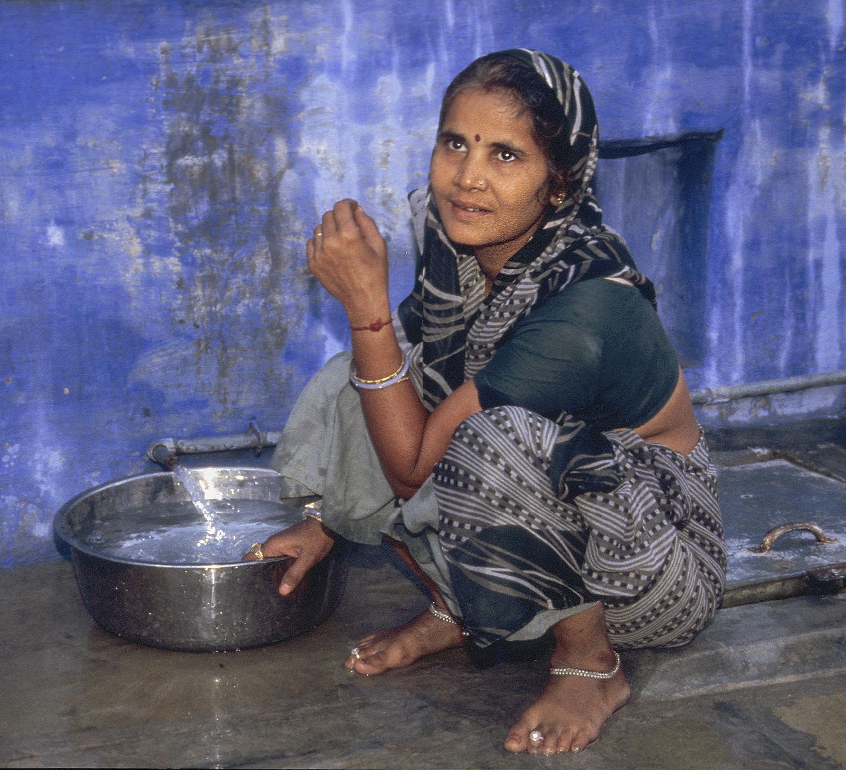 Drawing water, Rajasthan, India