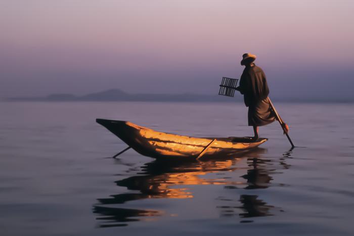 Fisherman, Inle Lake, Myanmar..jpg