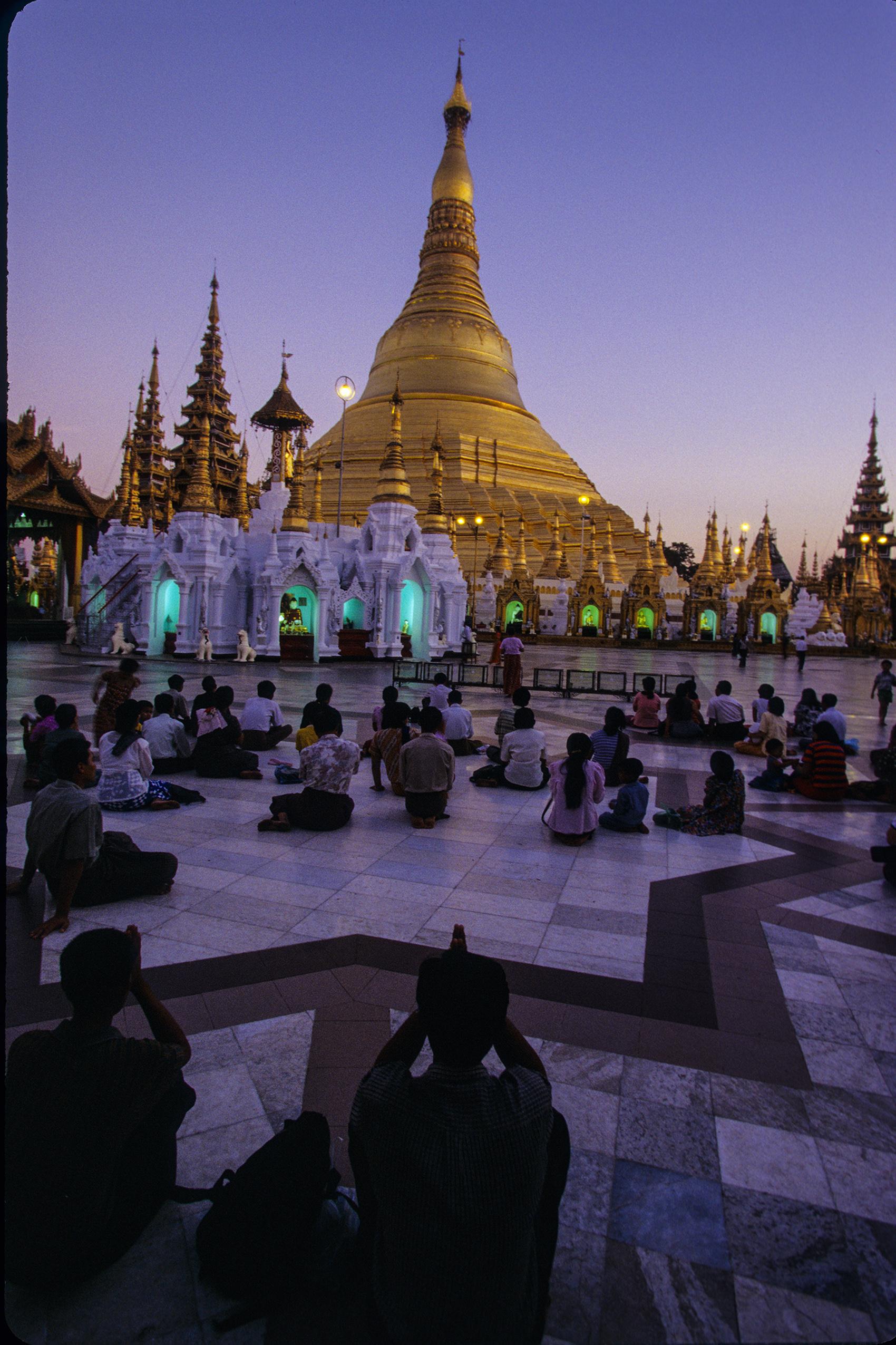 Shweydagon Temple, Yangon