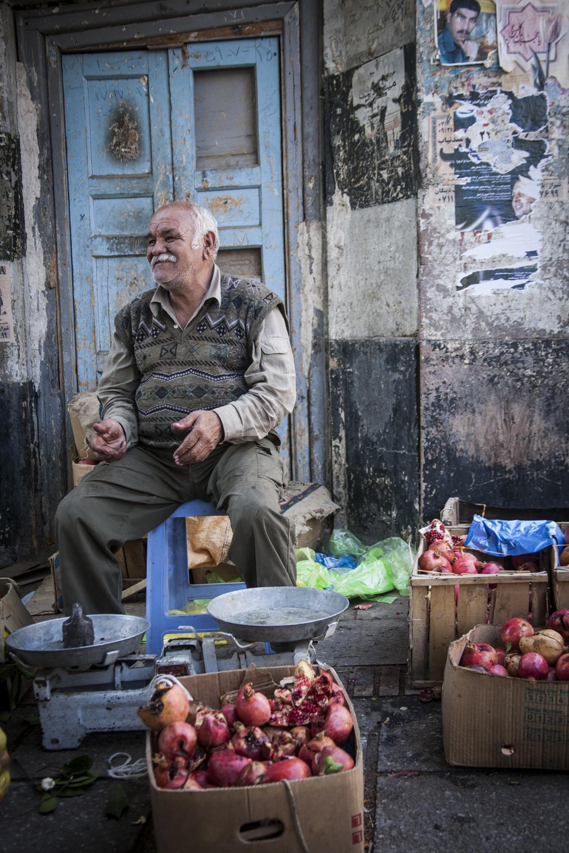 Street vendor, Shiraz
