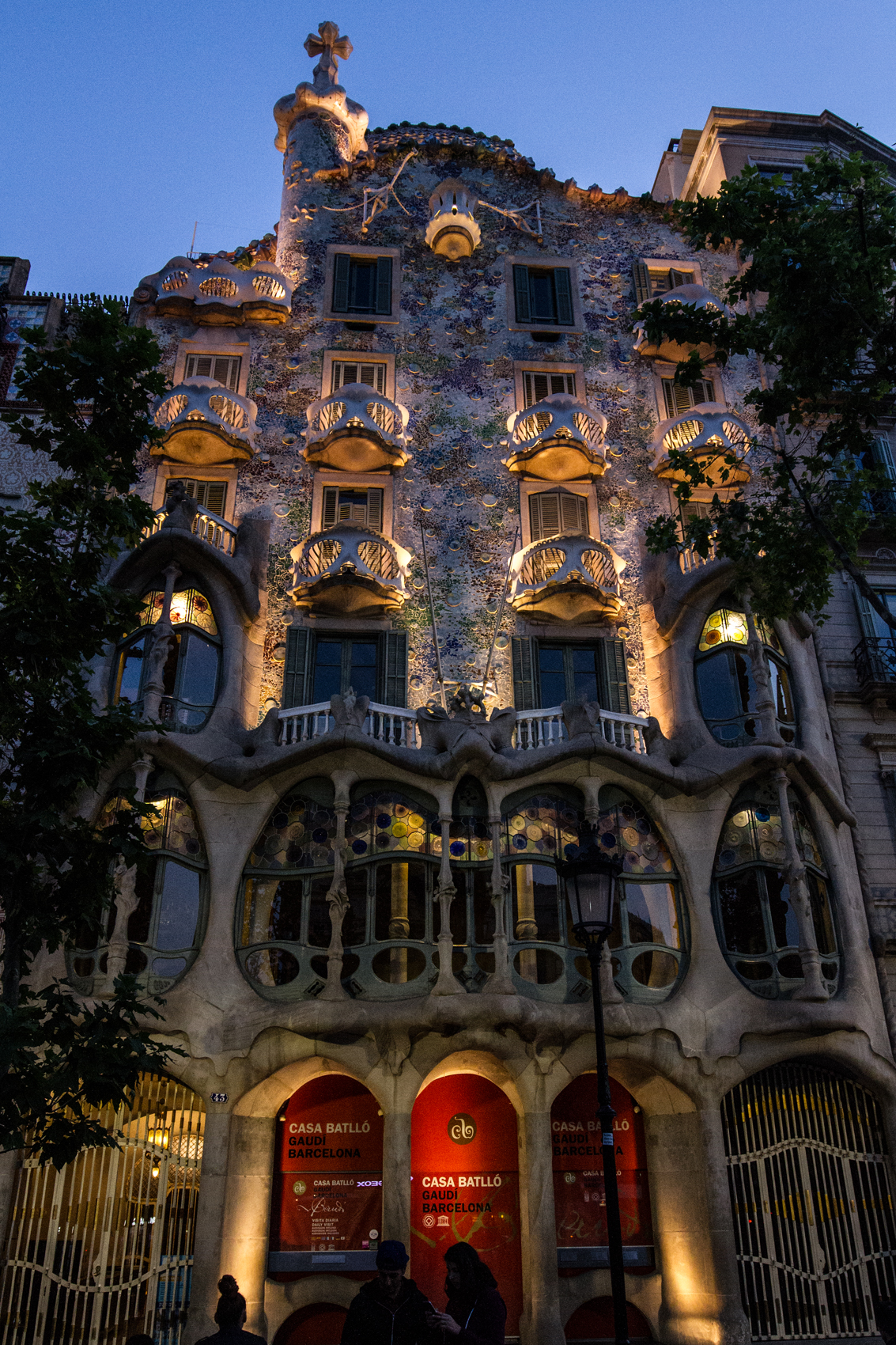 Casa Batllo in the evening
