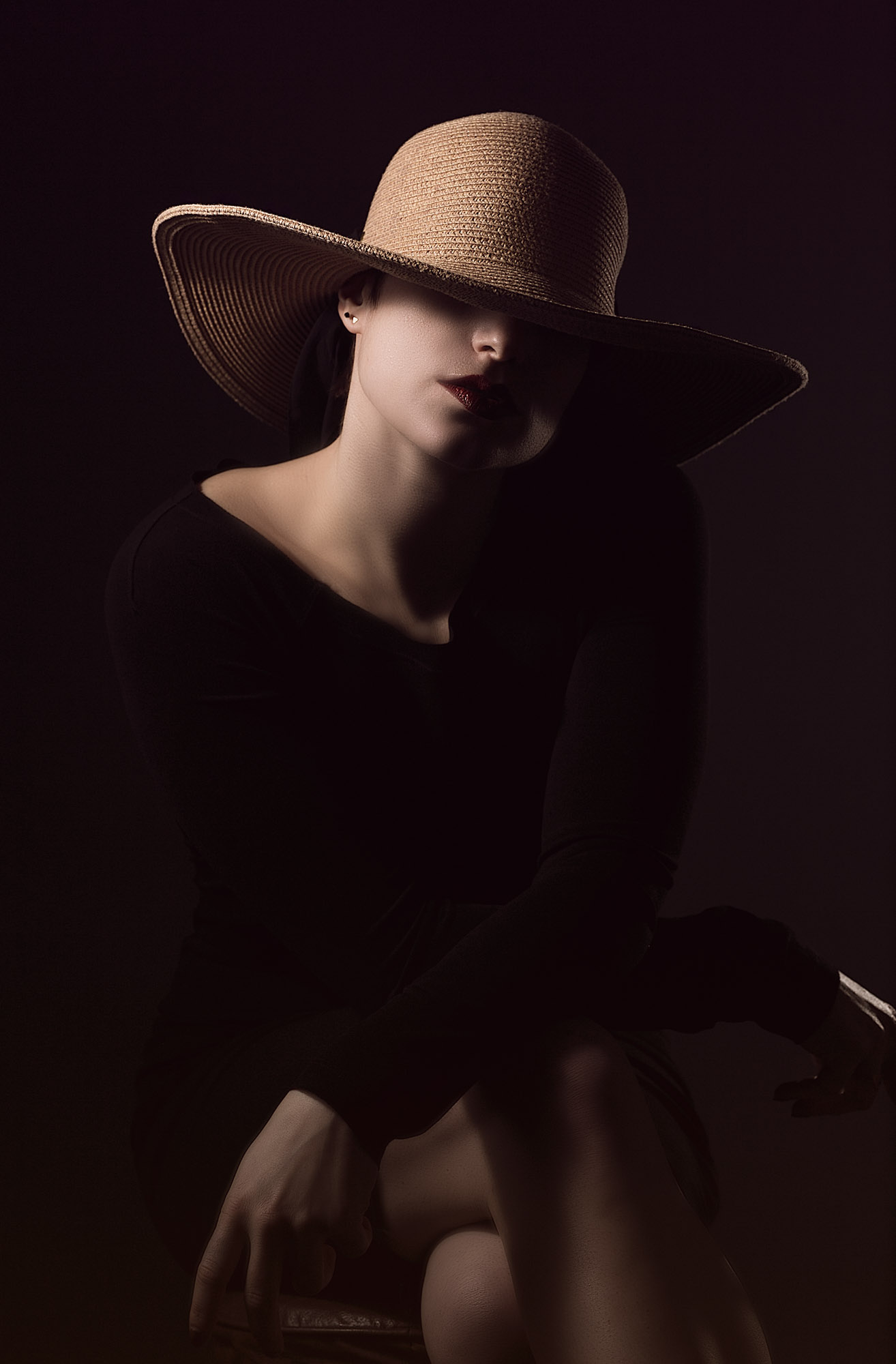 Chicago Portrait & Fashion Photographer - Edgy Studio Photoshoot Female Performer and Comedian_9.jpg
