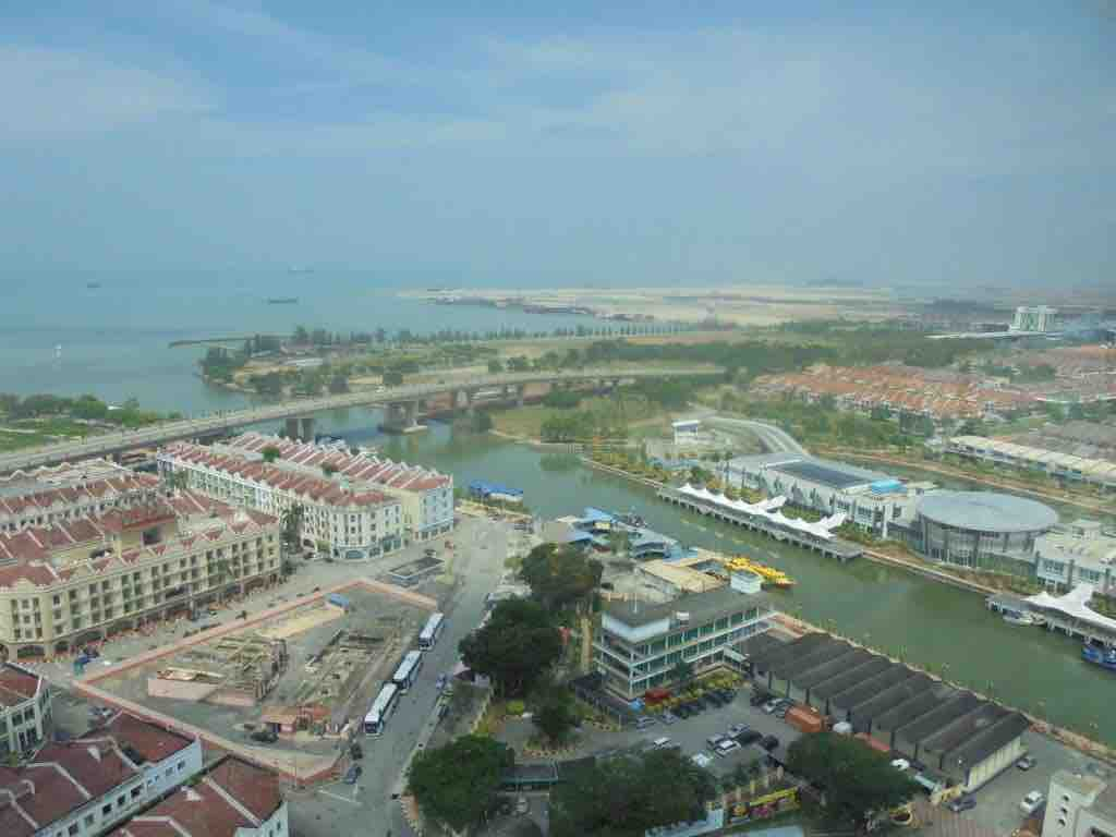 Mass land reclamation at the mouth of Melaka river
