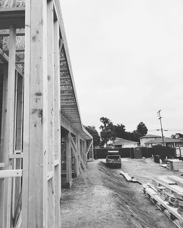 Angle taking shape. . . . . #architecture #design #contemporaryart #contemporaryarchitecture #sandiego #carlsbad #construction #custom #photography #blackandwhite #blackandwhitephotography #ohmsarchitects #urban #building