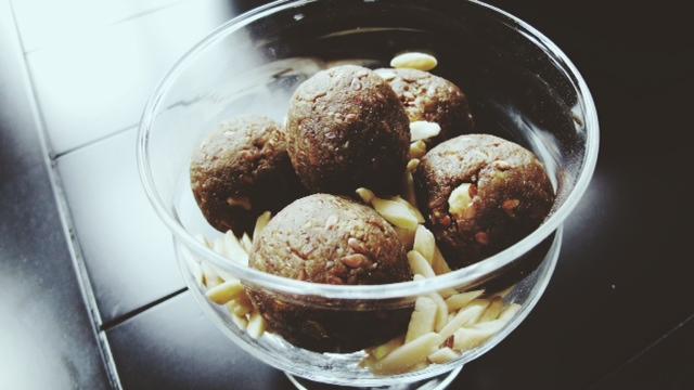 blissballs protein flax 1.JPG