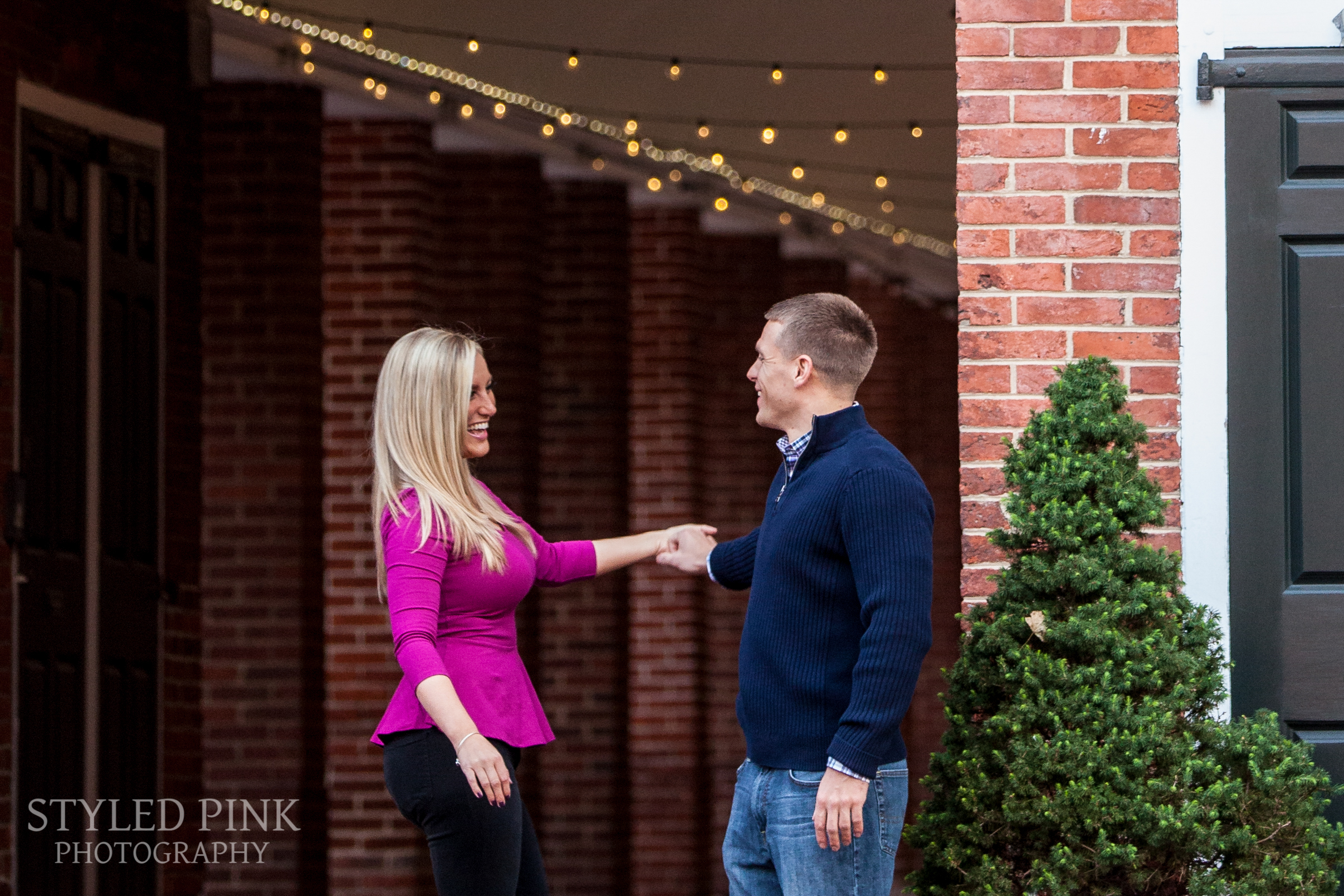 styled-pink-photography-penns-landing-engagement-11