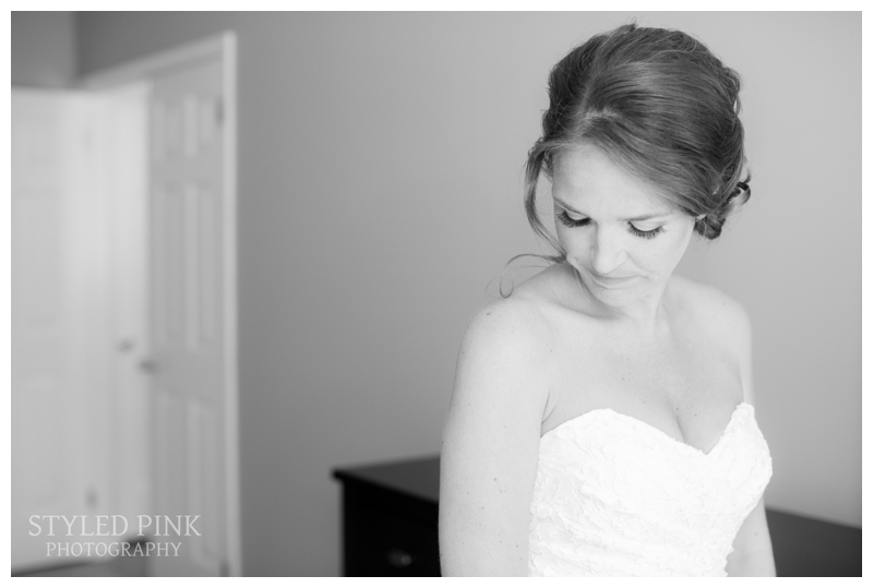 Such a gorgeous bride- I'm a sucker from a good black and white photo.