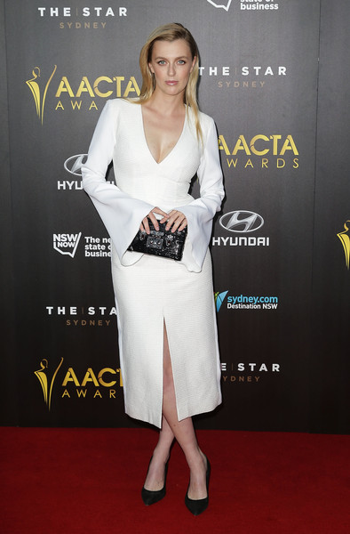 Gracie+Otto+4th+AACTA+Awards+Ceremony+6y-deLWmCqAl.jpg