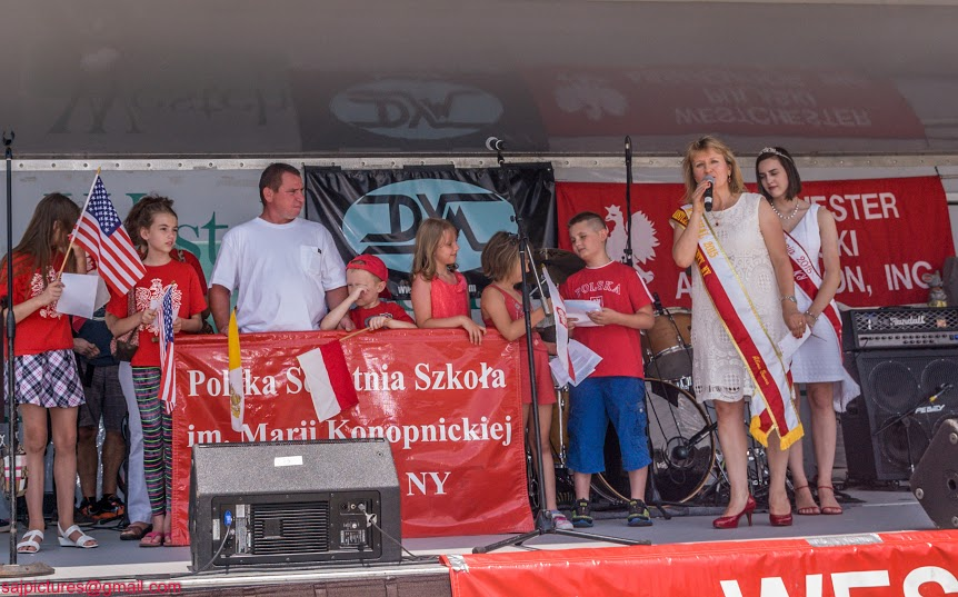 Marshal and Miss Polonia Group pic_3.jpg