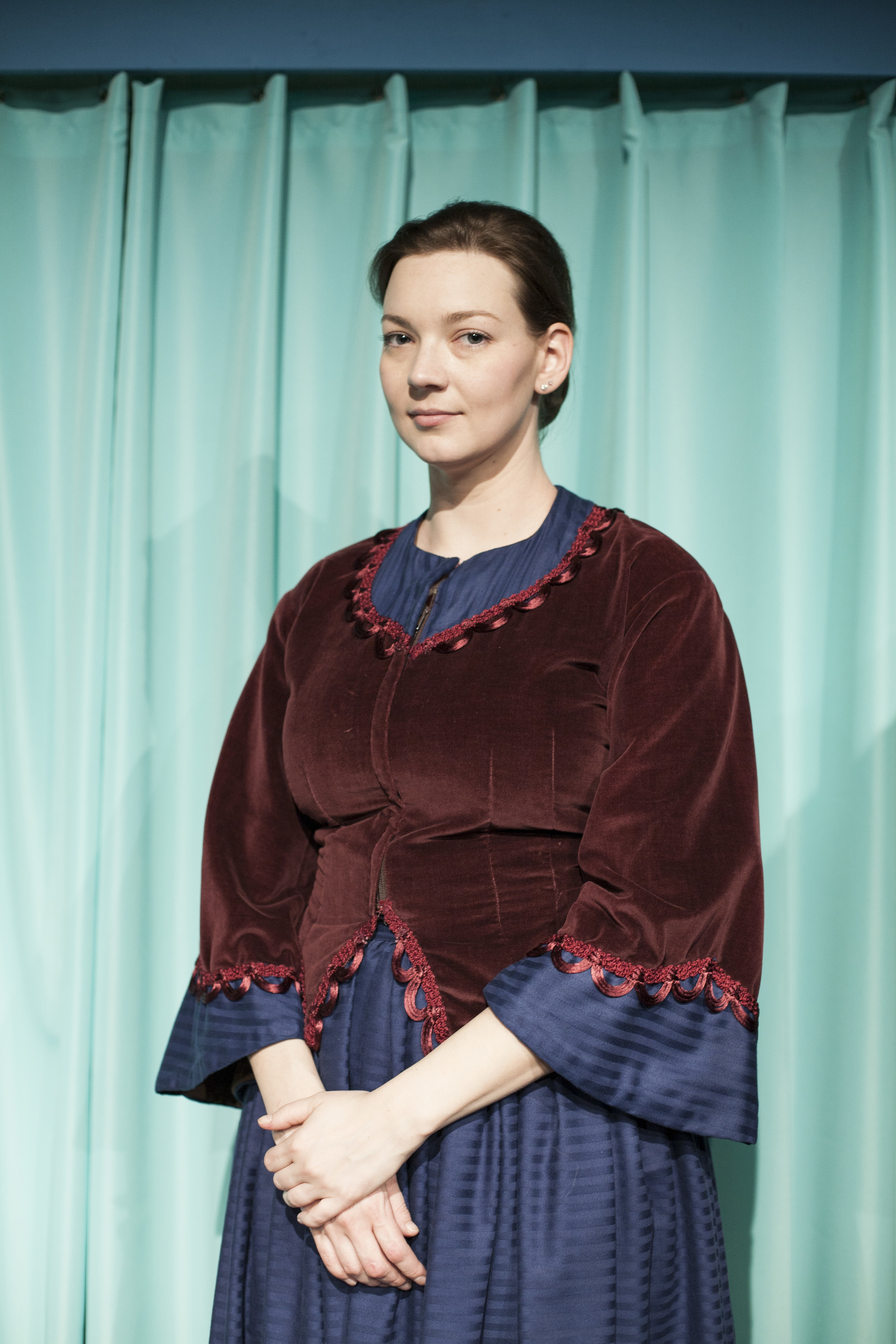 Erin Wright as Jane Eyre  | Photo Credit: Tim Song
