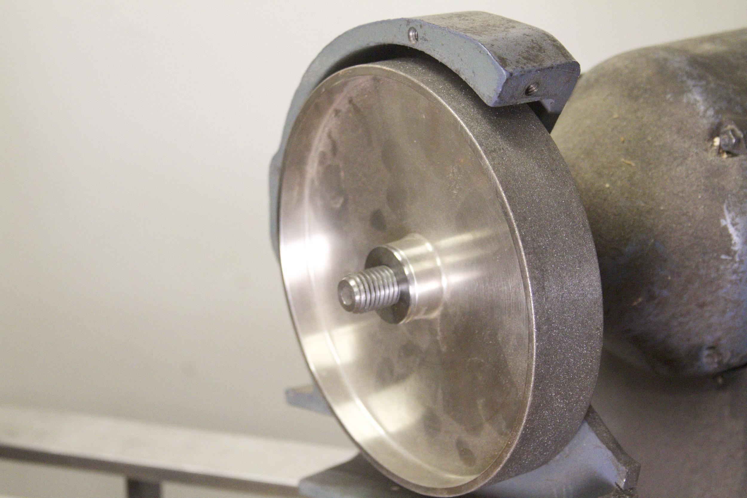 D Way Standard wheel on Baldor grinder