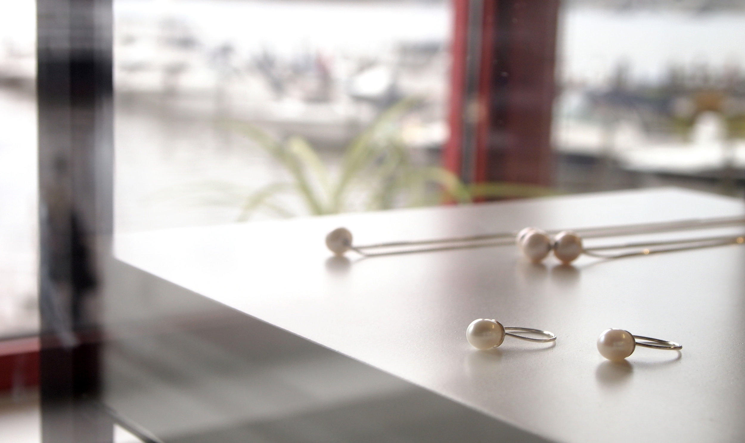 studio_pearls.jpg