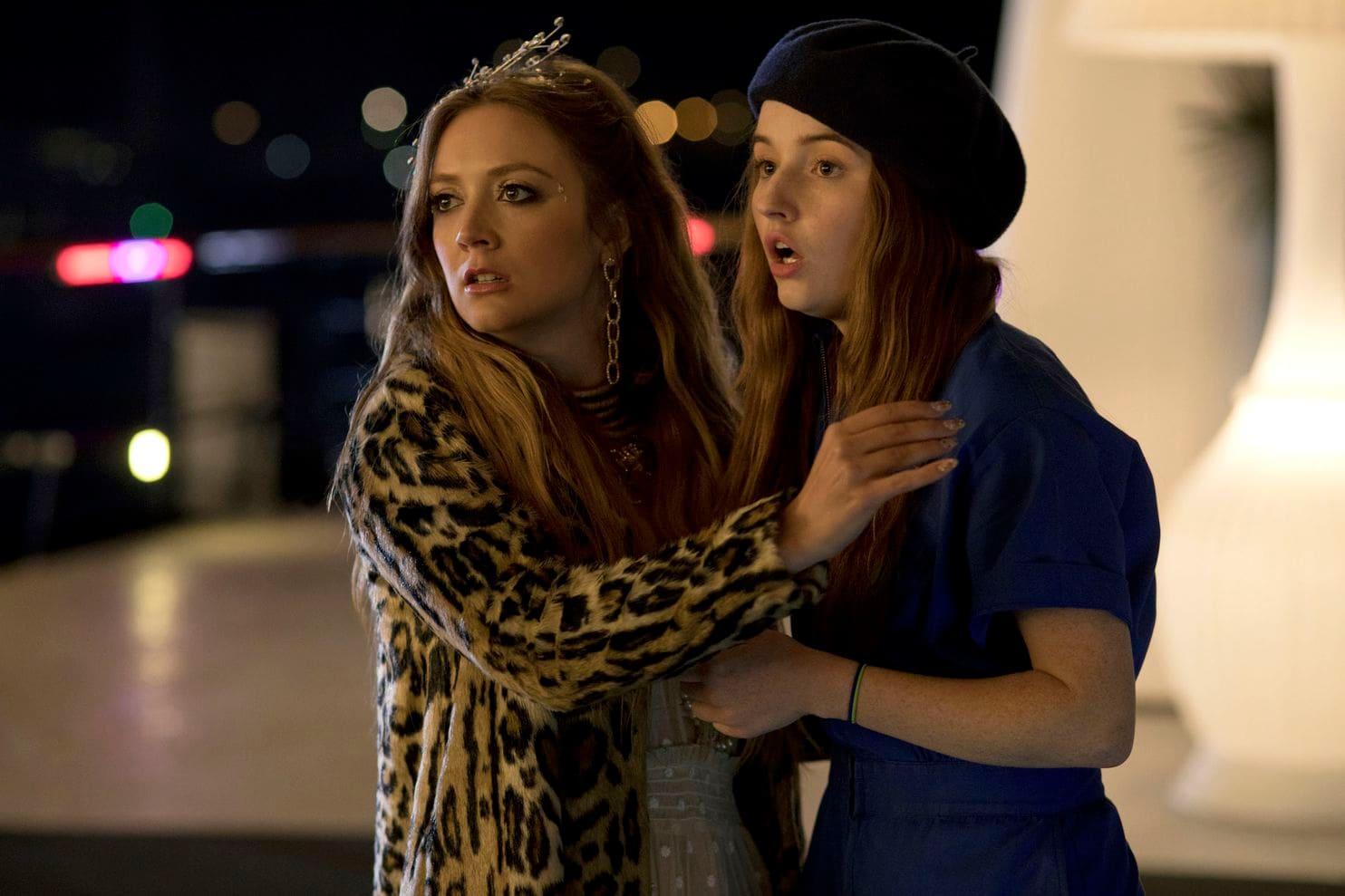 Billie Lourde & Kaitlyn Dever