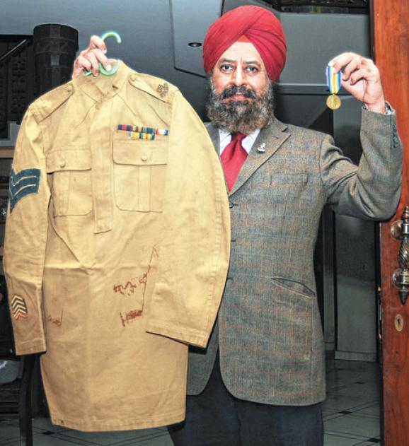 Rana Chhina with Arjan Singh's uniform