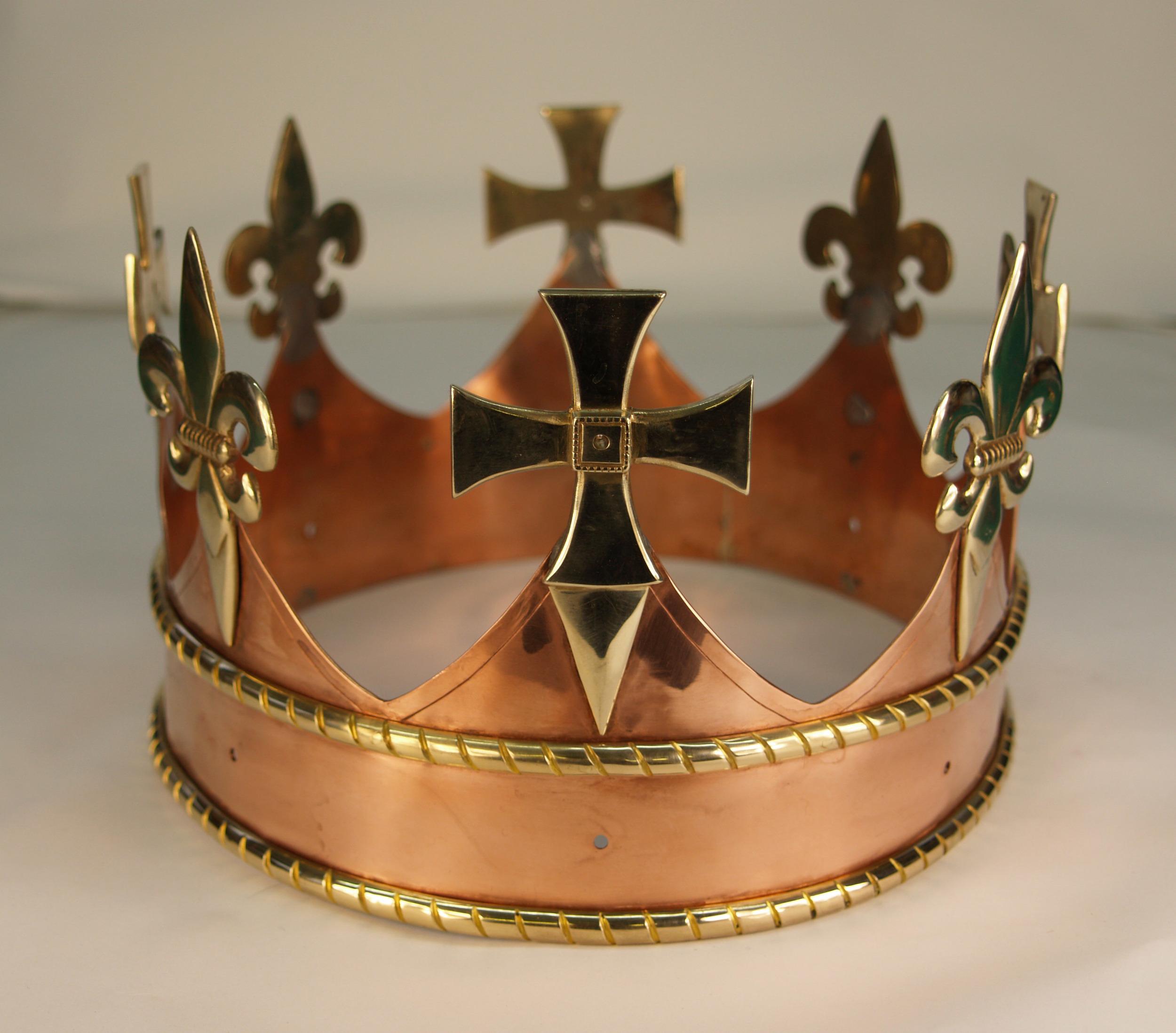 R3 crown 2.jpg
