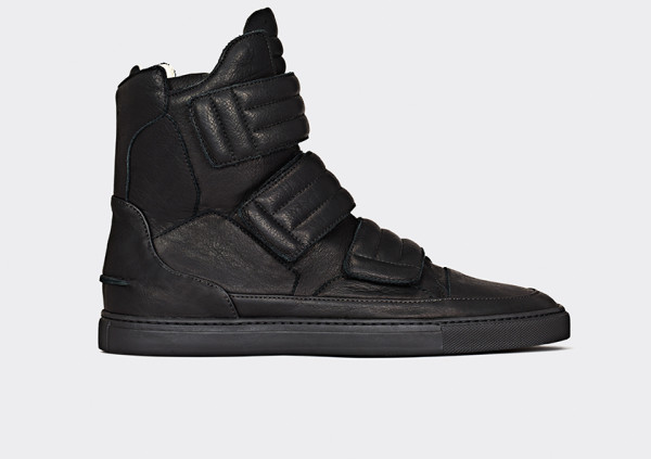 strange-matter-shoes-17-600x423.jpg