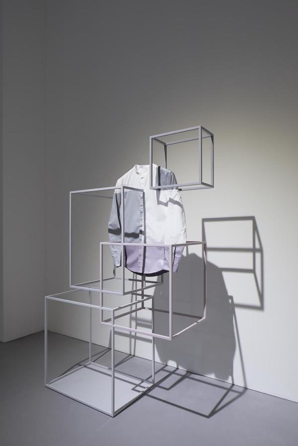 cos-x-nendo-installation-salone-del-mobile-2-600x899.jpg