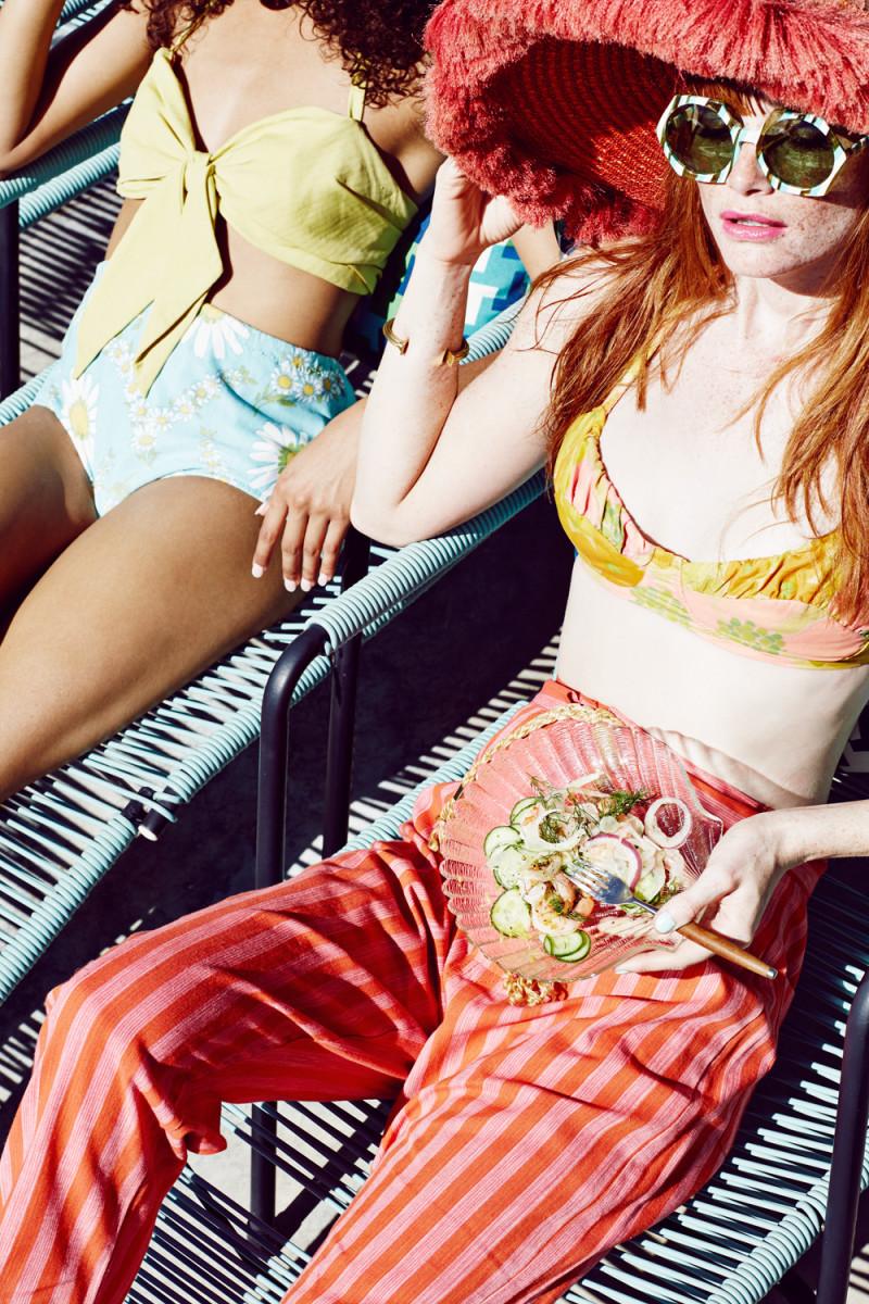 summer-editorial-pool-party-99-800x1200.jpg
