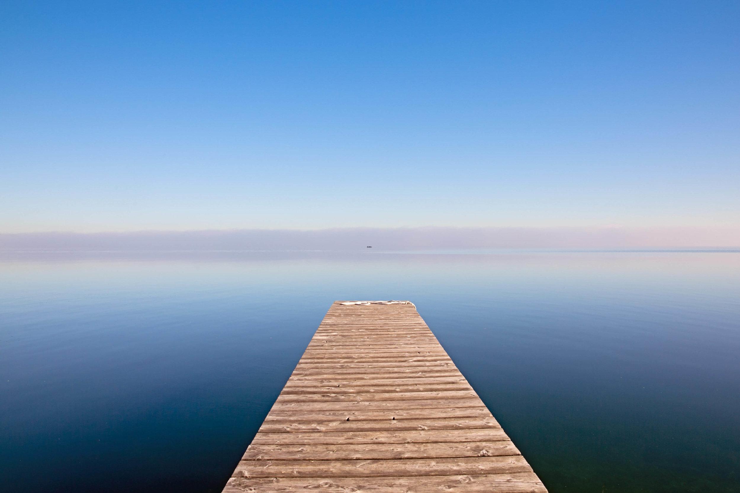 Blue-sky--over-the-lake-landscape