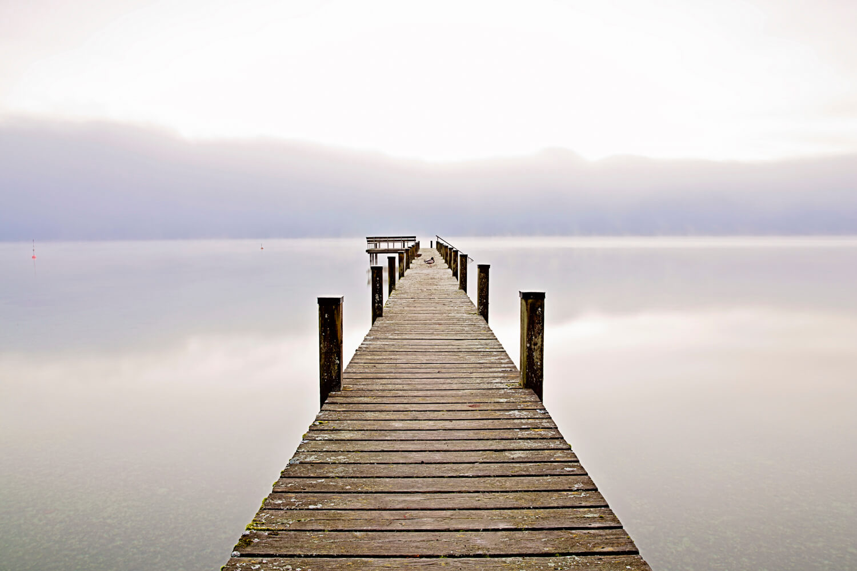 Grey-white-sky-lake-bridge-landscape