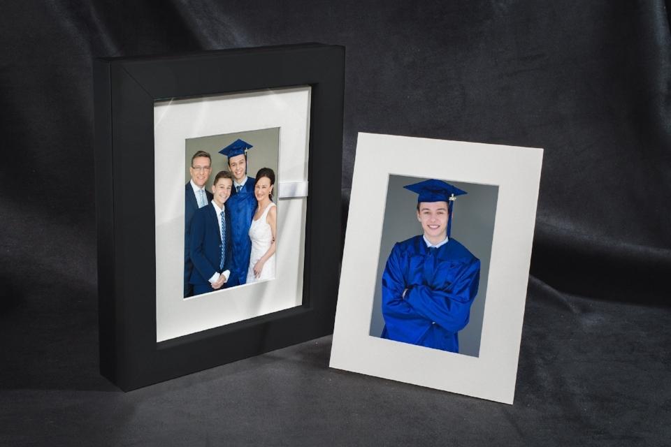Starup-photos-Reveal_box-senior-photography2b.jpg