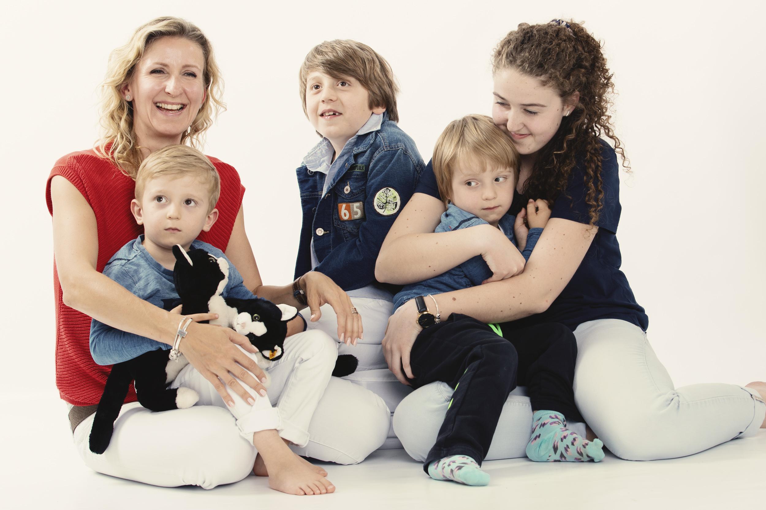 Zuzana Zahin Family photo shoot