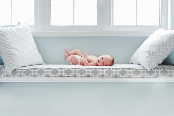 toronto-newborn-lifestyle-photography (5).jpg